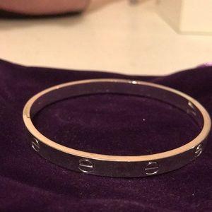 Jewelry - Silver love bracelet